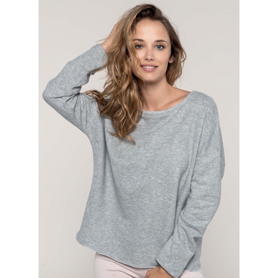 K471 Oversize sieviešu džemperis